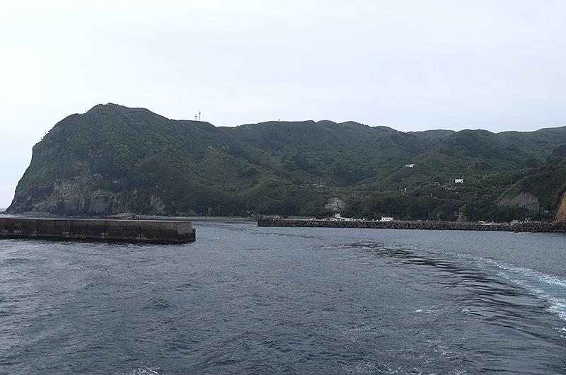 鹿児島県三島村・黒島大里港沖から